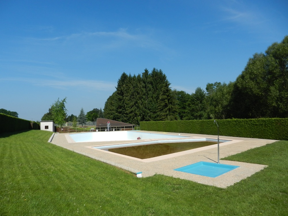 Woodies-gite-xertigny-piscine-chapelle-aux-bois